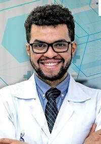 Dr. Willian Ricardo Camarço